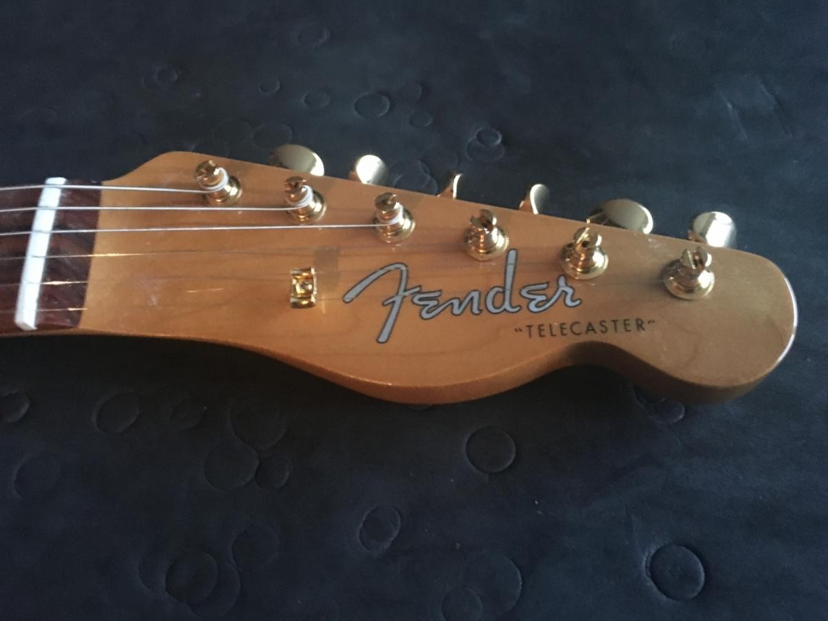 Telecaster Corebeth headstock Fender